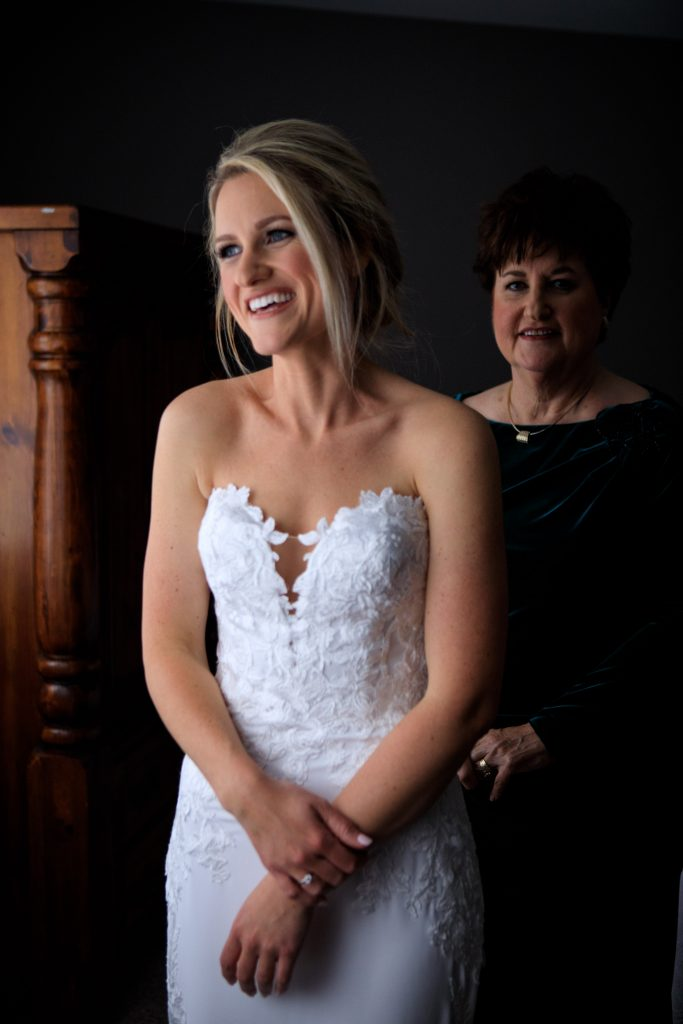 Martellen's happy bride in white dress